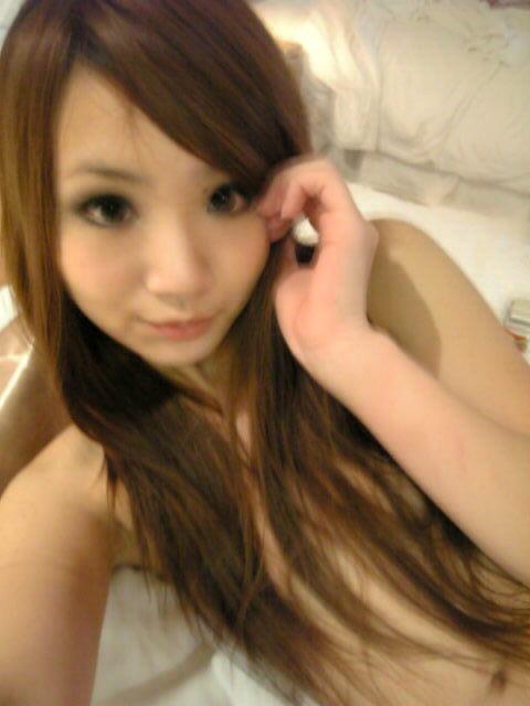 お姉さん ロングヘア 乳首 隠す 髪ブラ 美女 エロ画像【10】