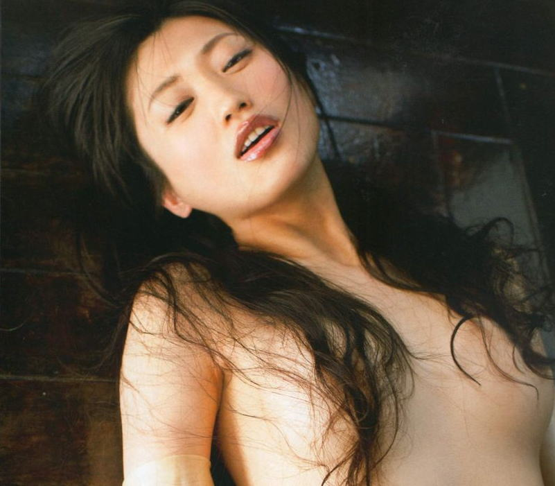 お姉さん ロングヘア 乳首 隠す 髪ブラ 美女 エロ画像【20】
