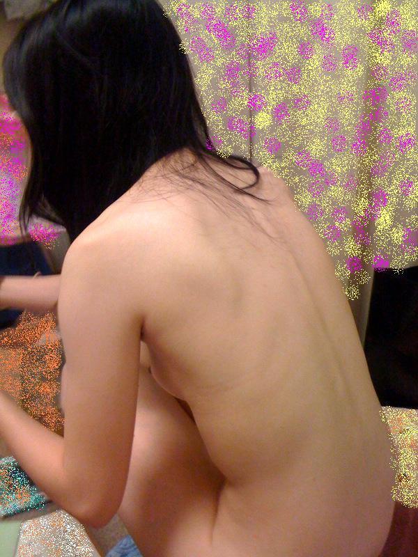 小さい おっぱい 家庭内 貧乳 エロ画像【2】