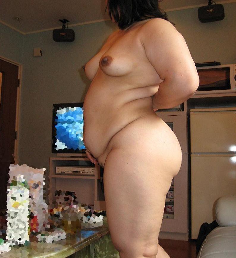 人妻 熟女 全裸 中年太り おばさん ヌード エロ画像【38】