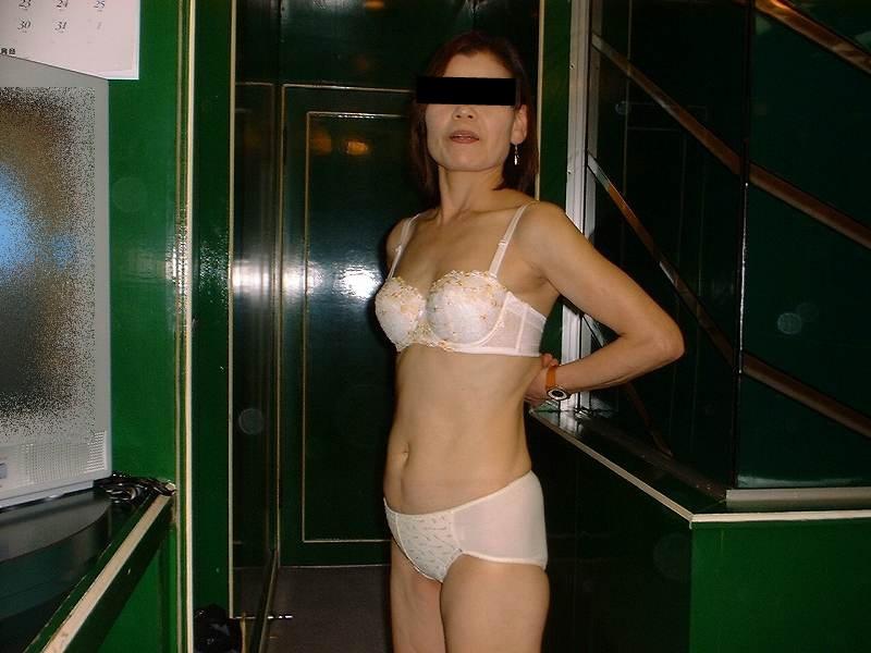 50代 60代 熟女 人妻 エロ画像【29】