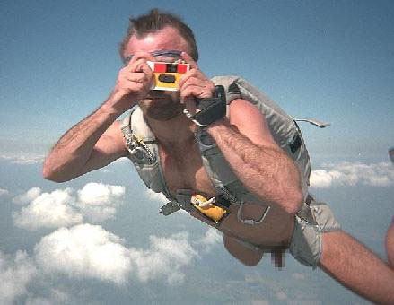 裸 空 飛ぶ クレイジー ヌード スカイダイビング エロ画像【11】