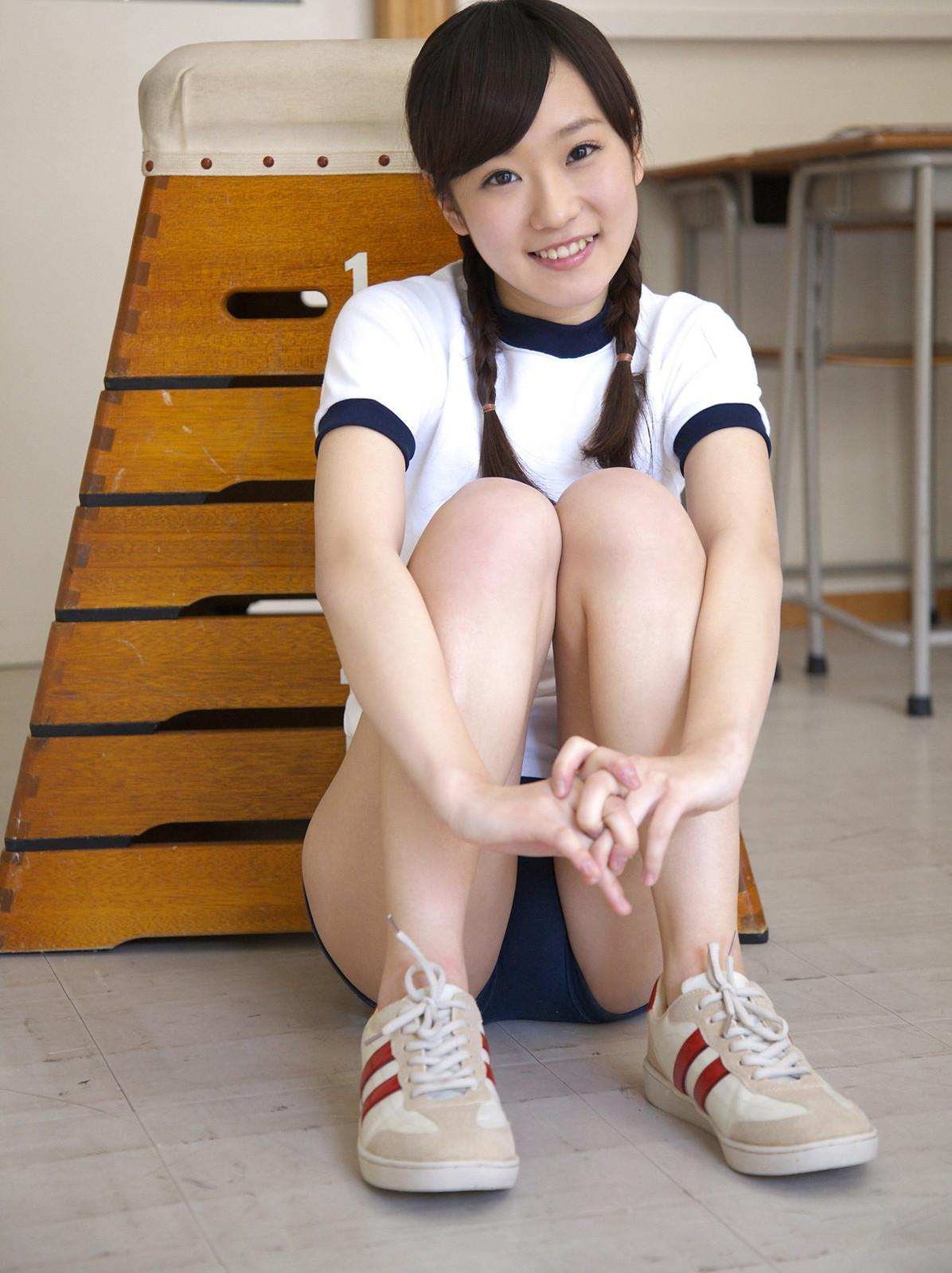 ブルマ 体操服 体育座り 青春 股間 エロ画像【9】