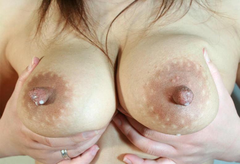 人妻 母乳 奥さん おっぱい ミルク エロ画像【29】