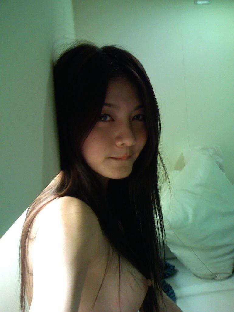 美人 台湾人 モデル 素人 可愛い 流出 エロ画像【3】