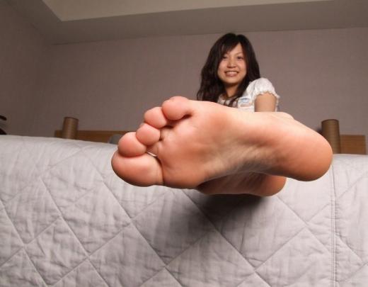 美女 足裏 足フェチ グルメ エロ画像【28】