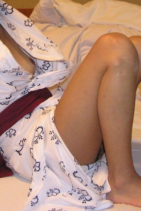 浴衣 おっぱい ポロリ 襟合わせ 緩い 開ける エロ画像【40】