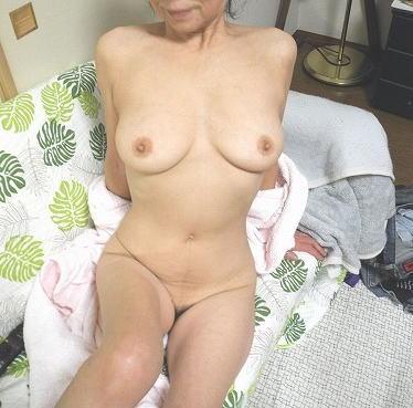 ババア 全裸 主婦 エロ画像【6】