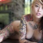 全身タトゥーの全裸美女!鮮やかでセクシーなヌード画像集