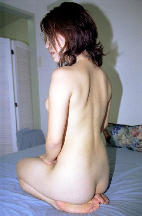 正座 背中 エロ画像【26】