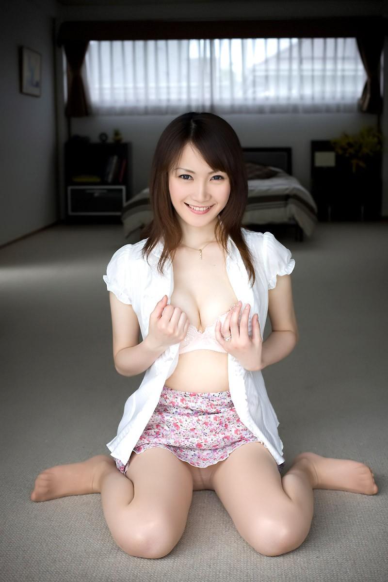 パンツ 美女 パンチラ エロ画像【2】