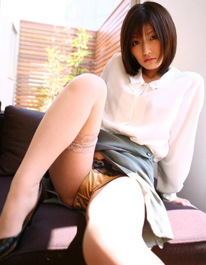 パンツ 美女 パンチラ エロ画像【10】