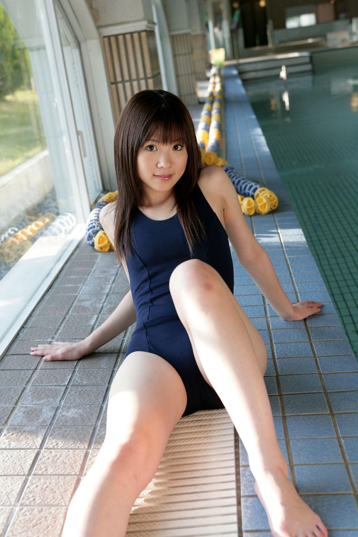 スクール水着 新型 旧型 スク水 美女 エロ画像【15】