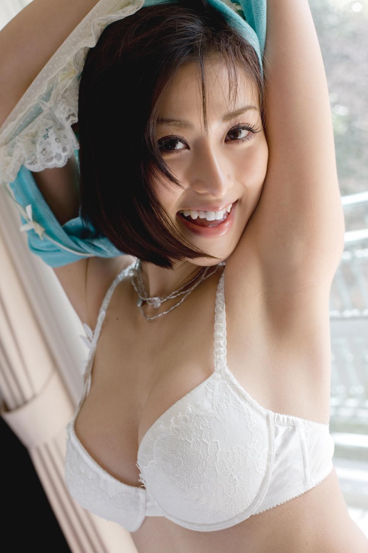 美女 脱衣 洋服 下着 脱ぐ 脱ぎかけ 美人 エロ画像【15】