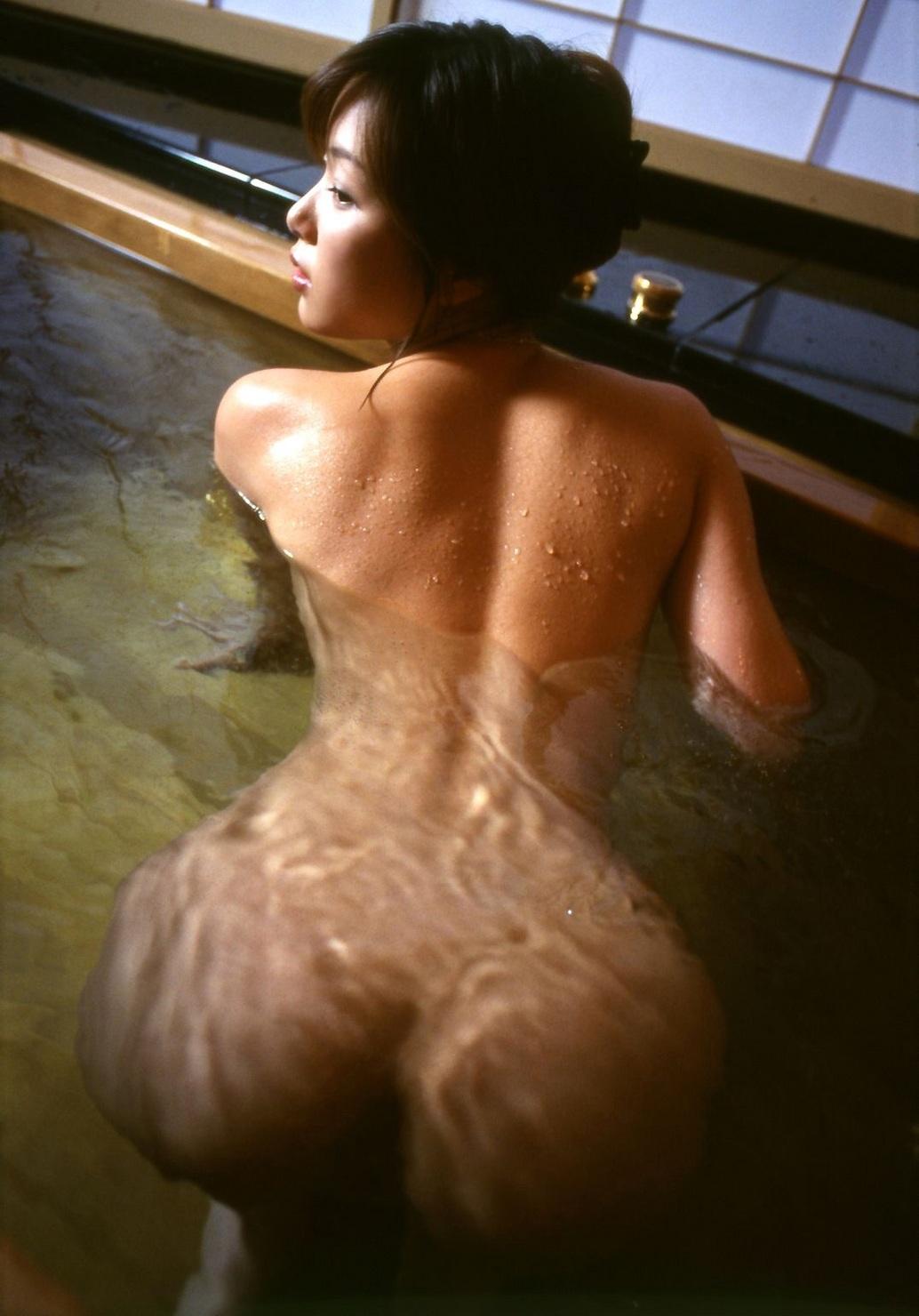 美女 露天風呂 温泉 入浴 美人 エロ画像【29】