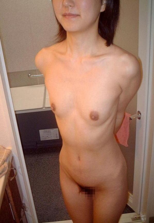 つるぺた ちっぱい ラブホテル 貧乳 素人 エロ画像【31】