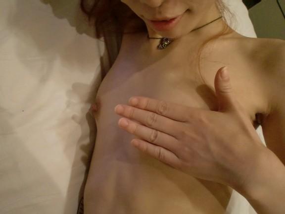 貧乳 無乳 痩せ過ぎ ガリガリ おっぱい エロ画像【26】