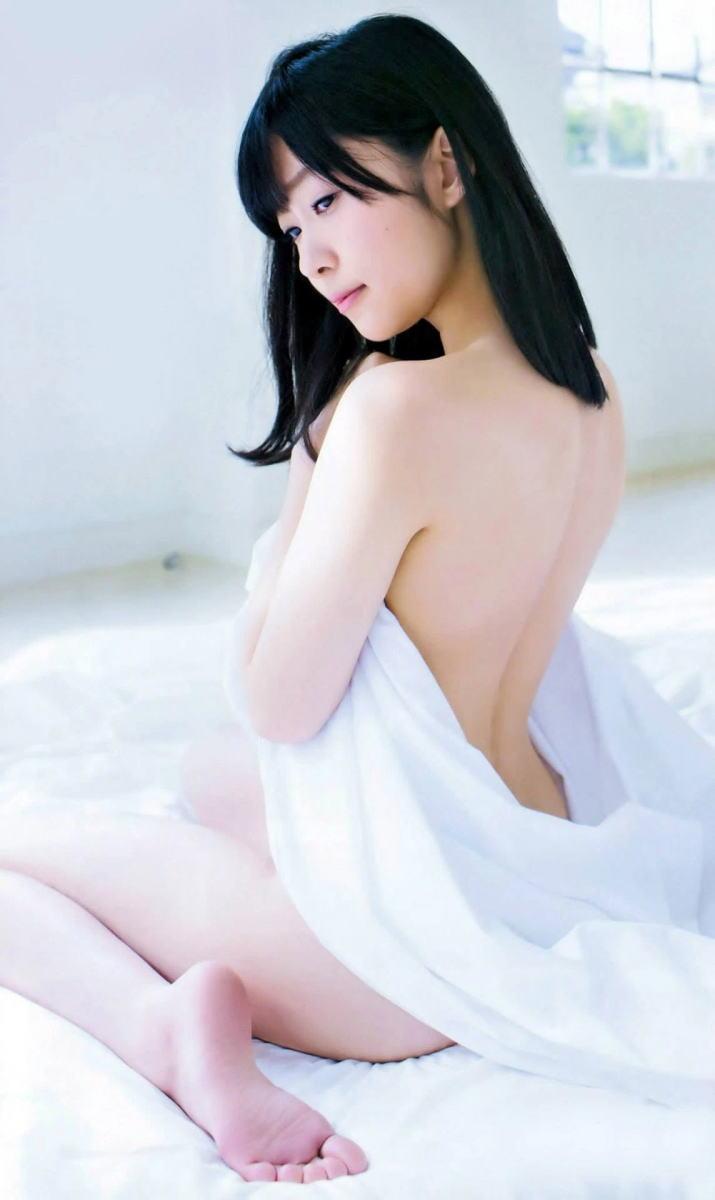 女の子座り ぺったんこ アヒル 背中 エロ画像【26】