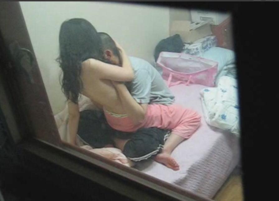 素人 カップル 性行為 覗く プライベート セックス 盗撮 エロ画像