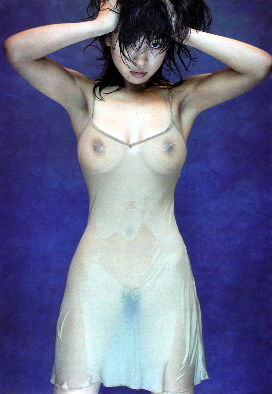美女 着衣 濡れる 乳首 マン毛 透ける エロ画像【18】