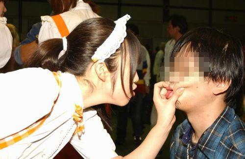 コミケ カメコ スカートの中 撮影 ローアングラー エロ画像【27】