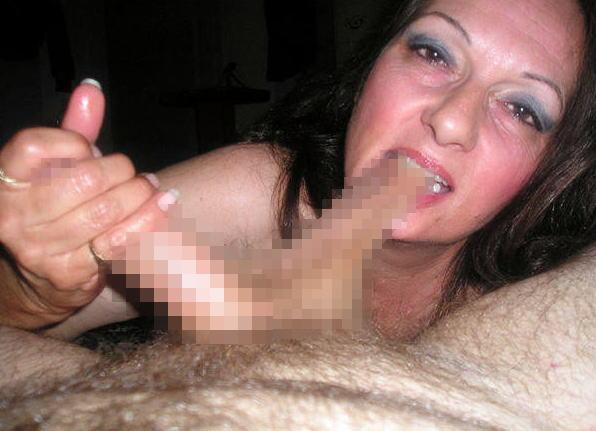 噛み付き フェラ チンコ 金玉 歯 当たる エロ画像
