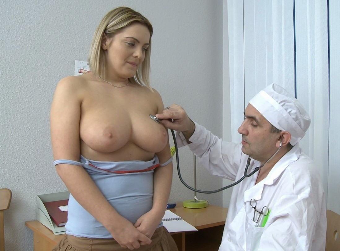 у врача большая грудь секс - 12