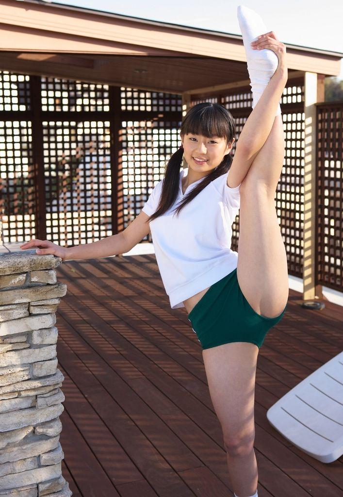 緑色 ブルマ カラフル 体操服 エロ画像【32】