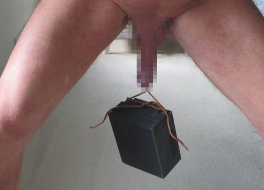 チンコ 鍛える ウェイトリフティング ペニス エロ画像
