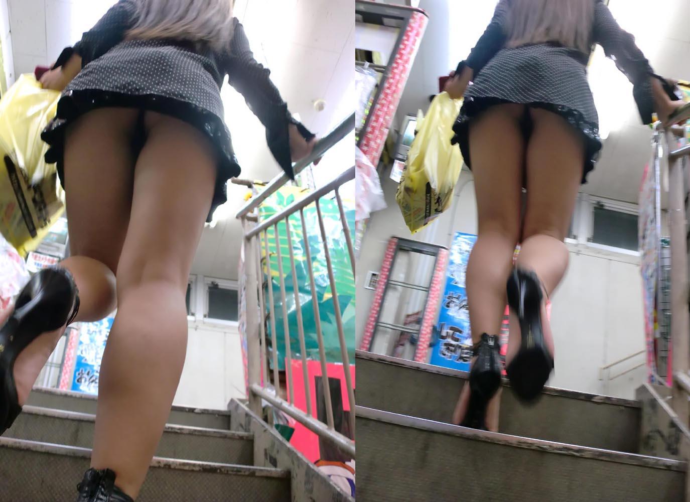 パンツ ミニスカ 階段 パンチラ エロ画像【44】