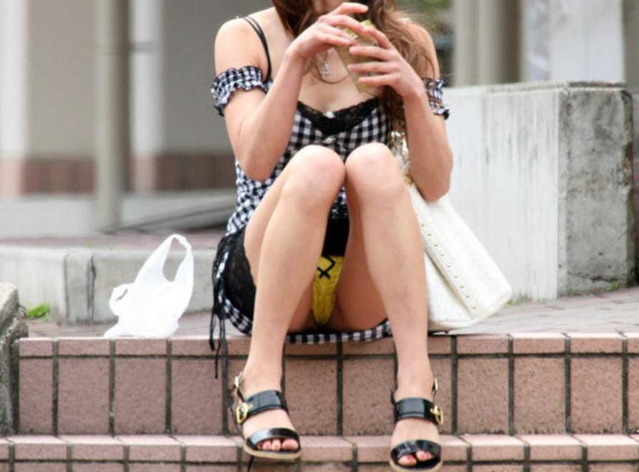 ギャル パンツ パンチラ 街撮り エロ画像【36】