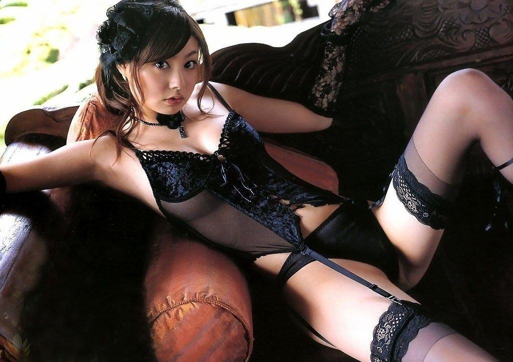 黒下着 美女 セクシー ブラック エロ画像