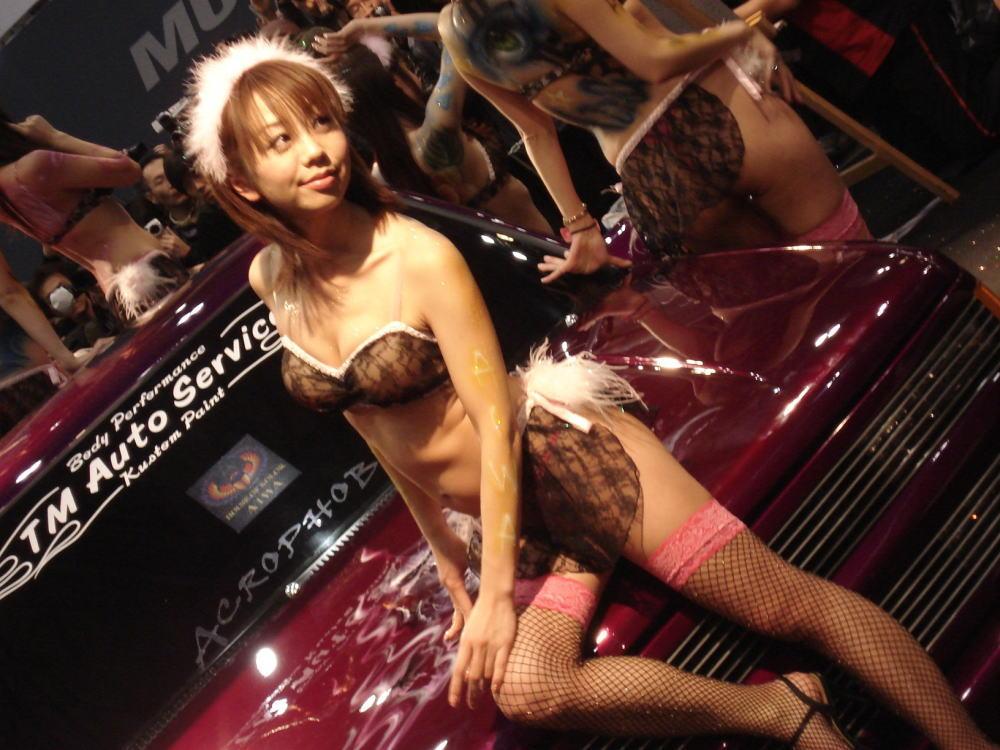 美女 露出 セクシー キャンギャル オナネタ エロ画像【38】