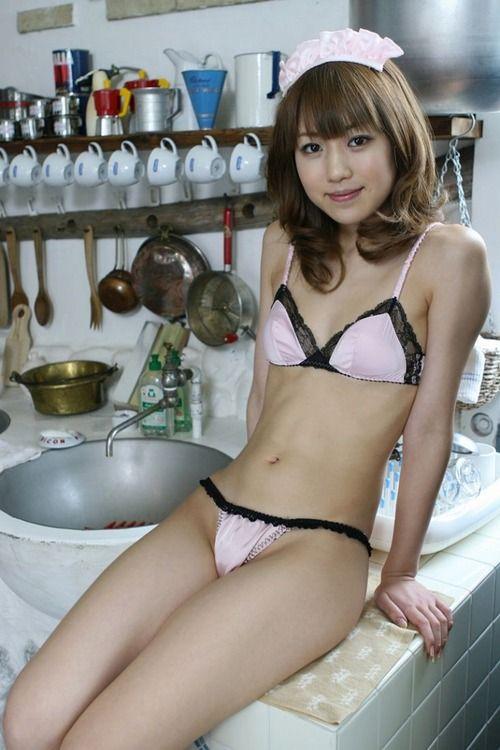 ちっぱい 貧乳 微乳 メイド コスプレ エロ画像【6】