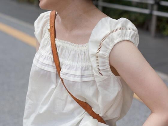 貧乳 おっぱい パイスラ たすき掛け 街撮り エロ画像【6】