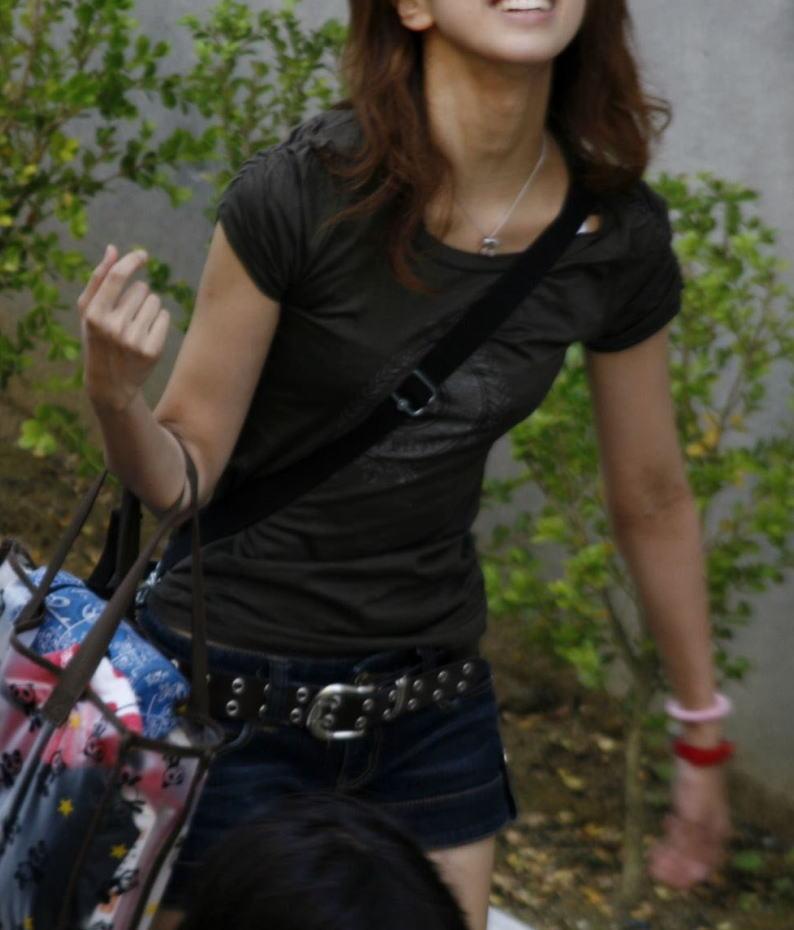 貧乳 おっぱい パイスラ たすき掛け 街撮り エロ画像【38】