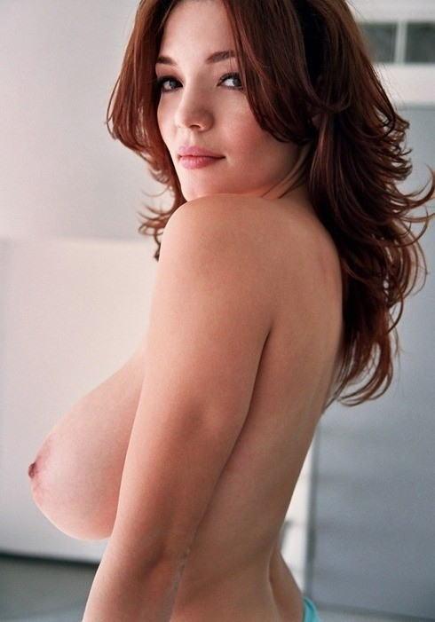 外国人 巨乳 横乳 おっぱい サイドビュー エロ画像【36】