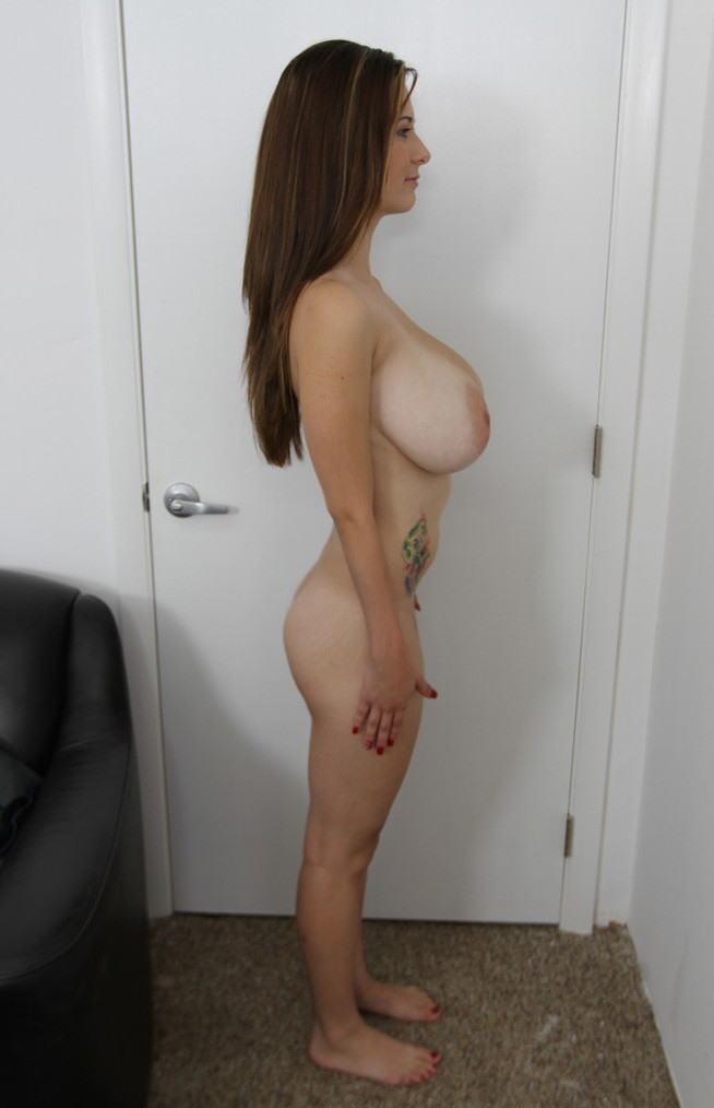 外国人 巨乳 横乳 おっぱい サイドビュー エロ画像【42】