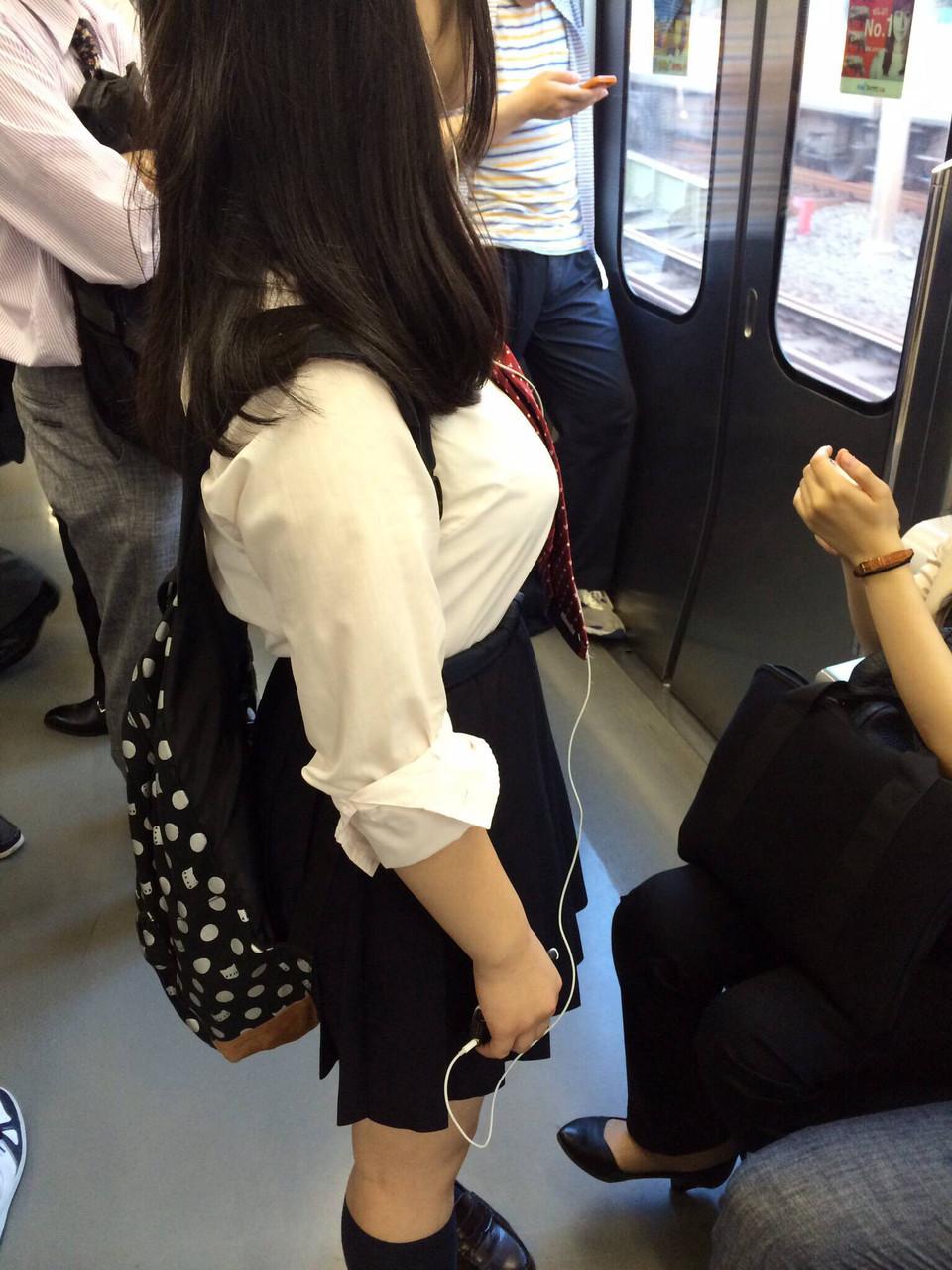 巨乳 JK おっぱい 制服 エロ画像【48】