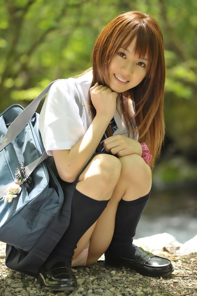 JK 笑顔 パンツ パンチラ スマイル エロ画像【15】