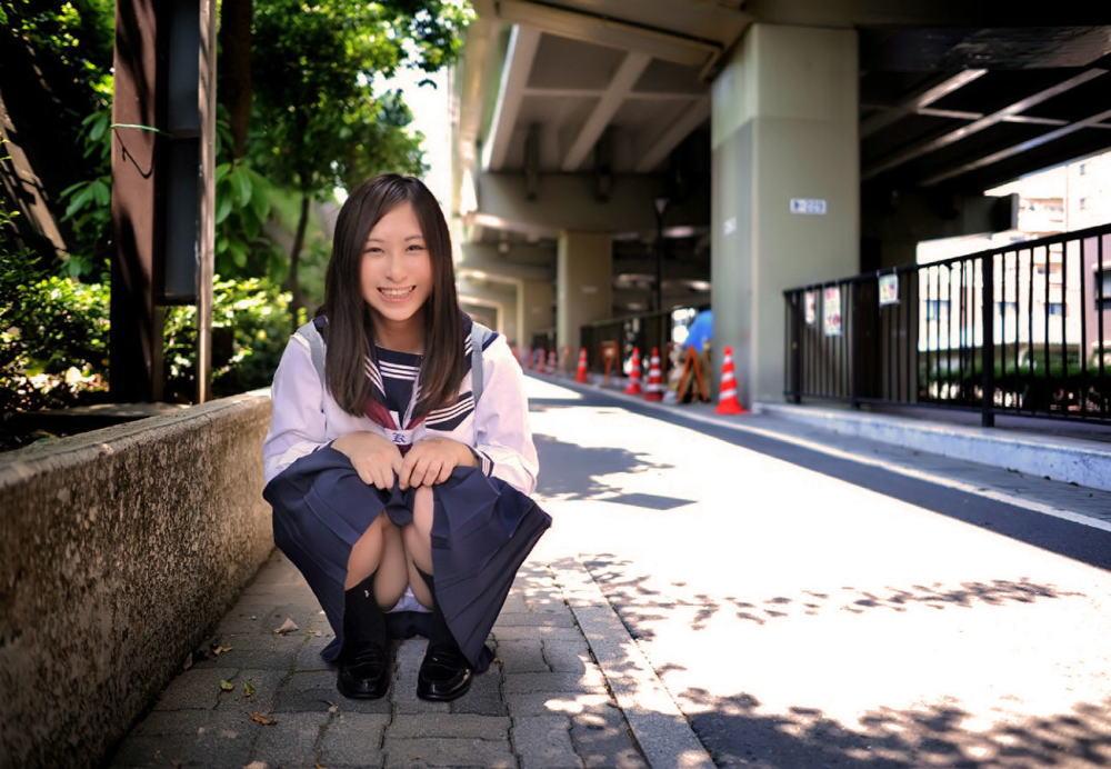 JK 笑顔 パンツ パンチラ スマイル エロ画像【18】