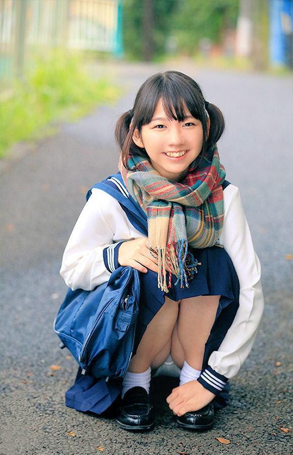 JK 笑顔 パンツ パンチラ スマイル エロ画像【52】