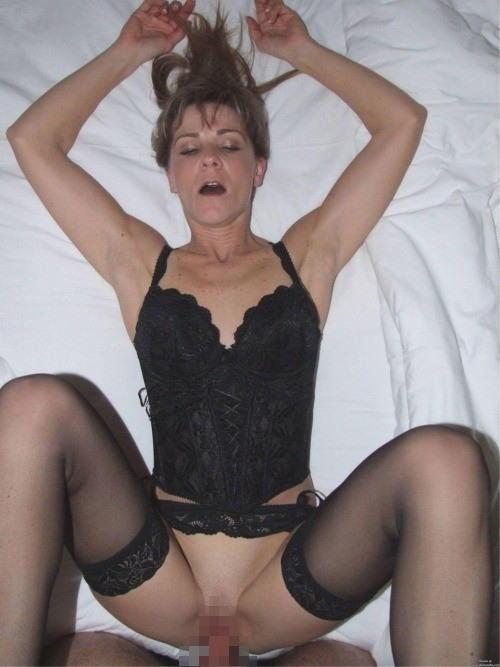 外人 熟女 ハメ撮り おばさん セックス エロ画像【3】