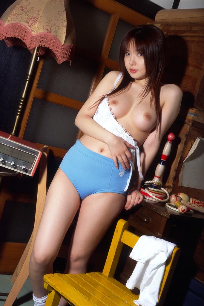 巨乳 おっぱい ブルマ エロ画像【6】