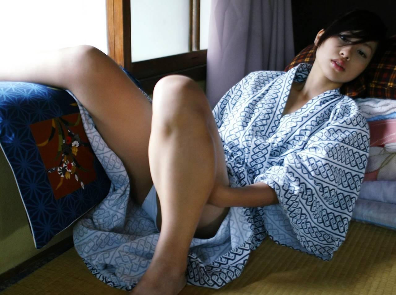 浴衣 パンチラ パンモロ 温泉旅館 観光ホテル エロ画像【20】