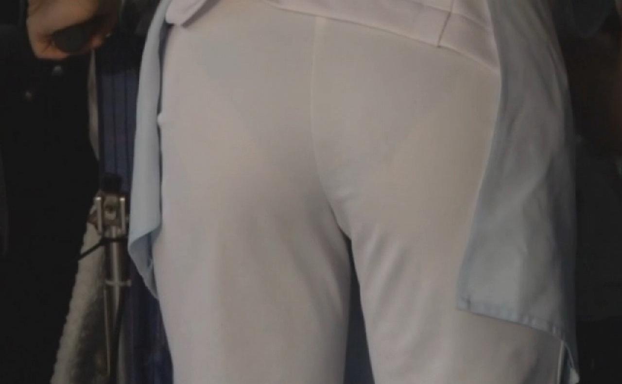 ナース お尻 パンティライン 白衣 透けパン エロ画像【19】