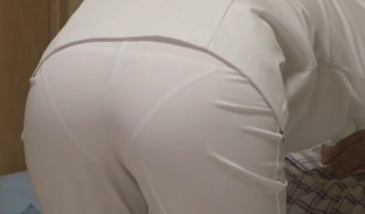 ナース お尻 パンティライン 白衣 透けパン エロ画像【21】