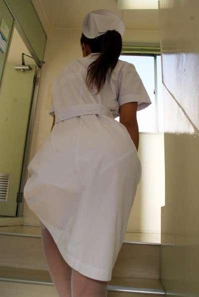 ナース お尻 パンティライン 白衣 透けパン エロ画像【30】