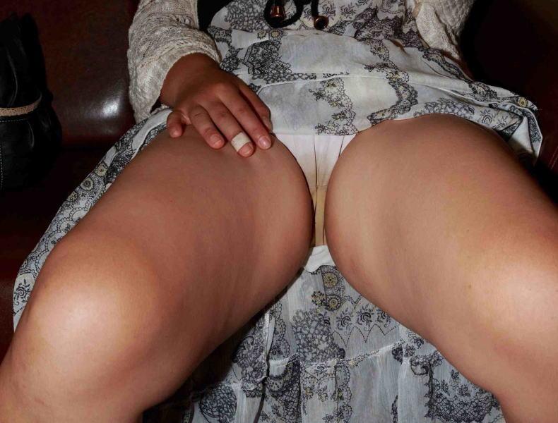 パンツのシミ 着衣 シミパン エロ画像【36】