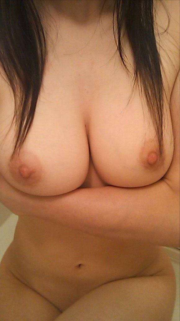 巨乳 素人 おっぱい エロ画像【11】